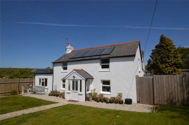 5 Bedrooms Detached House for sale in Perranwell, Goonhavern, Truro, Cornwall
