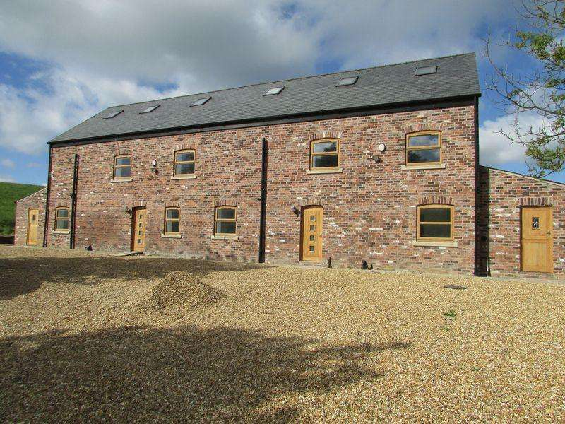 5 Bedrooms Semi Detached House for rent in Lodge View Thornham New Road Thornham