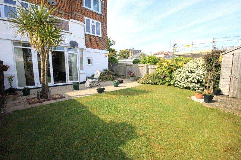 2 Bedrooms Apartment Flat for sale in 33-35 Boscombe Spa Roa, BOURNEMOUTH, BH5