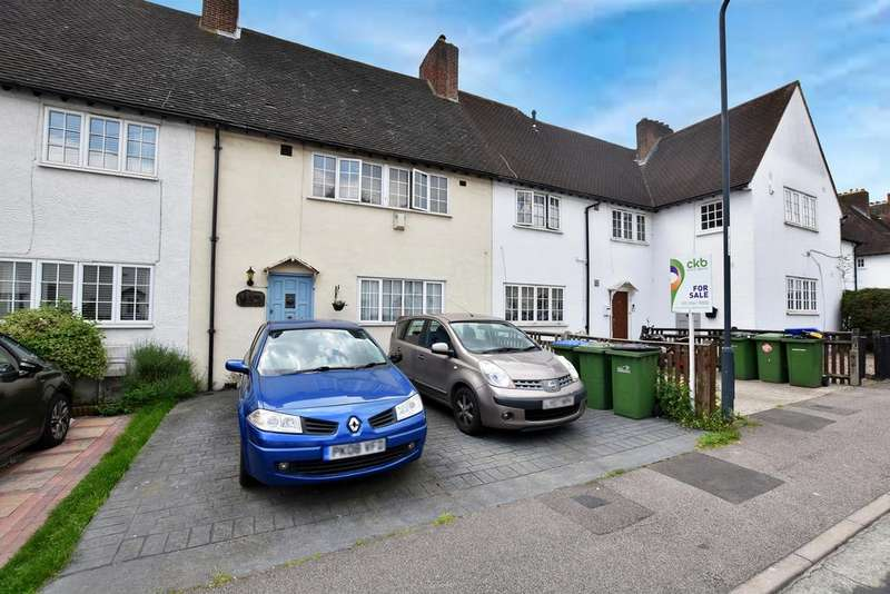 3 Bedrooms House for sale in Ross Way, Eltham, SE9