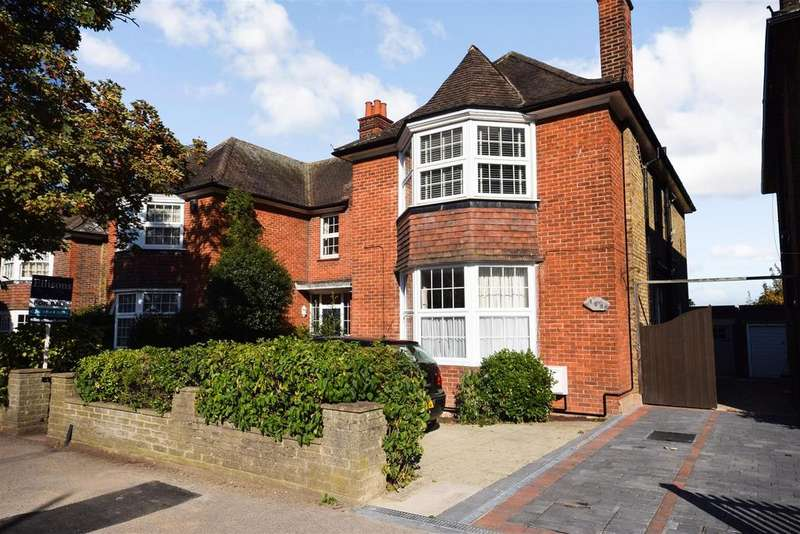 2 Bedrooms Maisonette Flat for sale in 1001 SQFT CONVERSION - CLOSE TO STATION