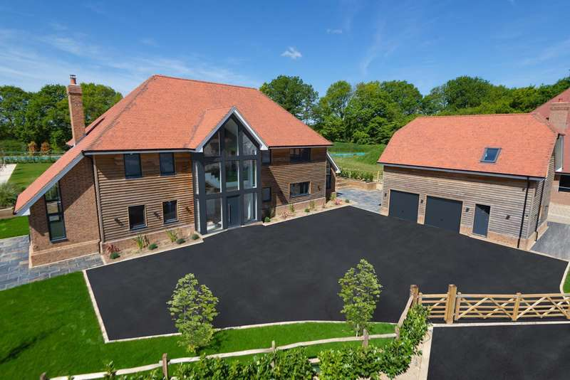 7 Bedrooms Detached House for sale in Boughton Park, Grafty Green, ME17
