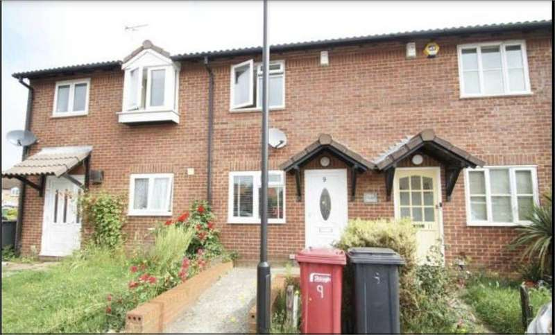 2 Bedrooms Terraced House for sale in Cooper Way, Slough, Berkshire