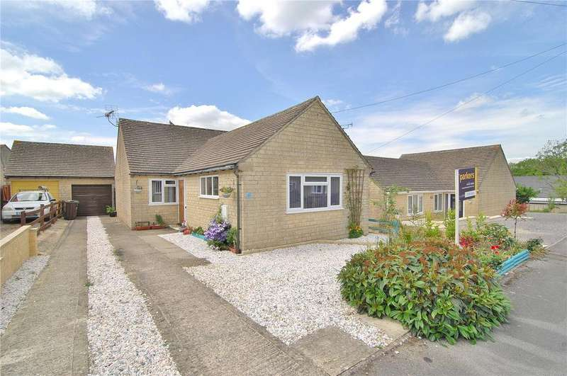 3 Bedrooms Bungalow for sale in Ferris Court View, Bussage, Stroud, Gloucestershire, GL6