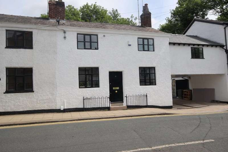 3 Bedrooms Cottage House for sale in Barton Road, Worsley
