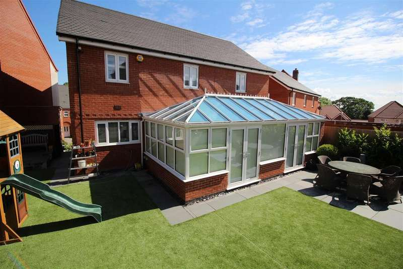 5 Bedrooms Detached House for sale in Hazel Tree Grove, Newport