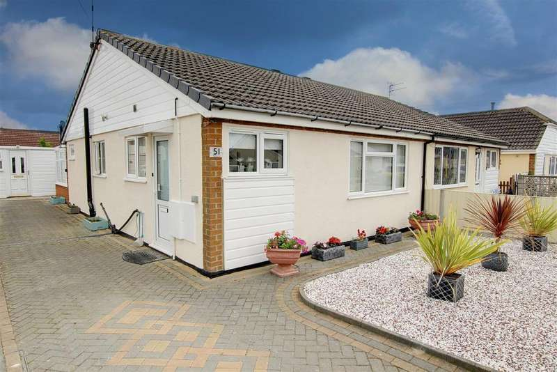 2 Bedrooms Semi Detached Bungalow for sale in The Strand, Mablethorpe, Lincolnshire