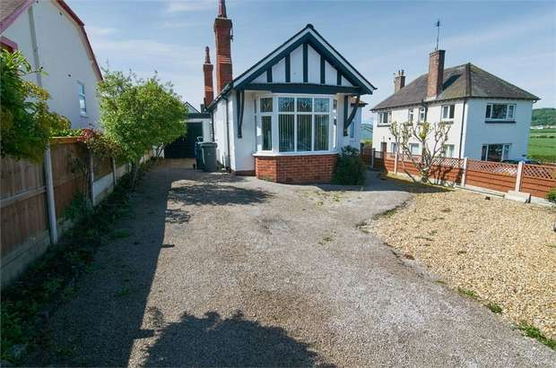 2 Bedrooms Detached Bungalow for sale in Llandudno Road, Rhos on Sea, Colwyn Bay, Conwy