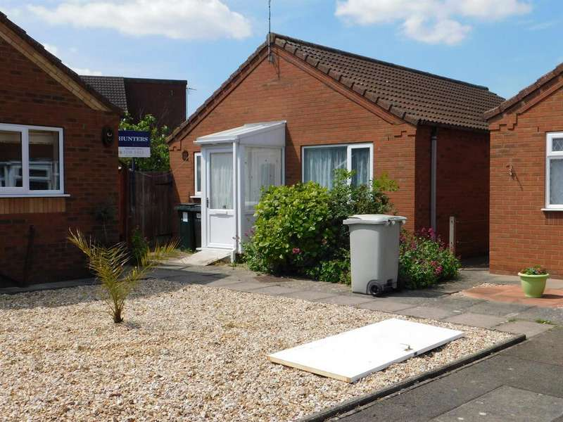 2 Bedrooms Detached Bungalow for sale in Brian Avenue, Skegness, PE25 2DF