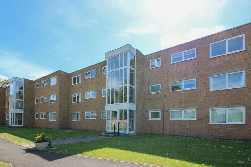 2 Bedrooms Apartment Flat for sale in Henbury Gardens, Henbury Road, Henbury, Bristol, BS10