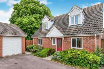 2 Bedrooms Detached House for sale in Lakenheath, Brandon, Suffolk