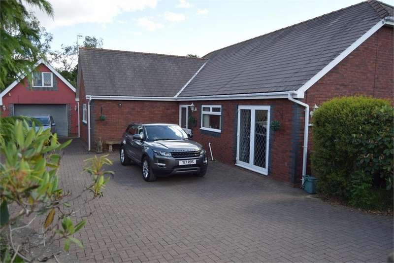 4 Bedrooms Detached Bungalow for sale in LLwyn On Lane, Oakdale Blackwood, Caerphilly