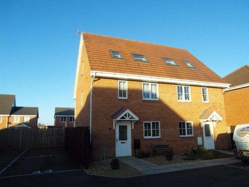 3 Bedrooms Semi Detached House for rent in Moorfield Close, Darlington