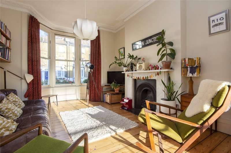 5 Bedrooms Terraced House for sale in Colvestone Crescent, London, E8