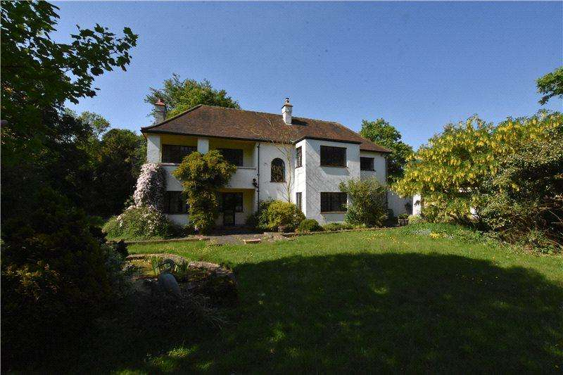 5 Bedrooms Detached House for sale in North Orbital Road, London Colney, St. Albans, Hertfordshire