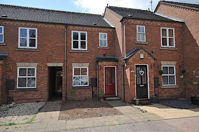 2 Bedrooms Terraced House for rent in AMBLECOTE - Larksfield Mews