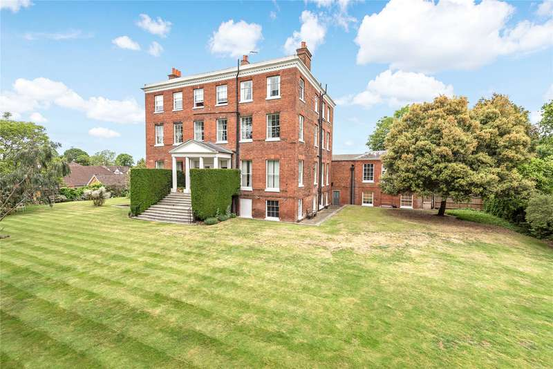 2 Bedrooms Apartment Flat for sale in Ray Lodge, Ray Park Avenue, Maidenhead, Berkshire, SL6