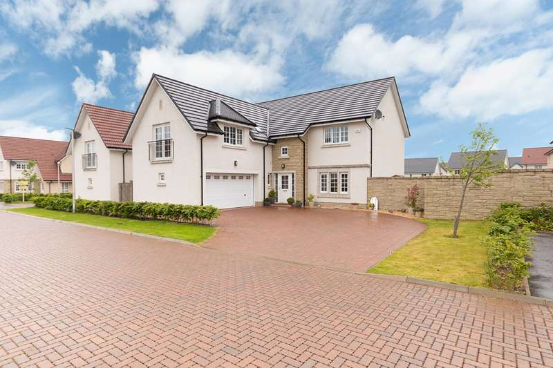 5 Bedrooms Detached House for sale in West Cairn View, Livingston, West Lothian, EH54 9FF