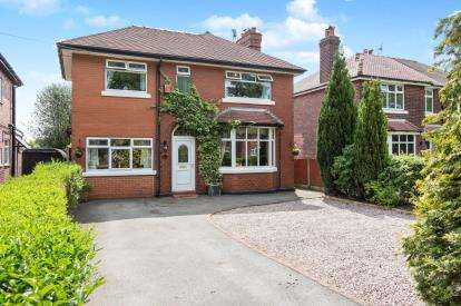 4 Bedrooms Detached House for sale in Abbey Road, Sandbach, Cheshire