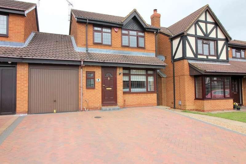 3 Bedrooms Link Detached House for sale in Warminster Close, Luton, Bedfordshire, LU2 8UJ