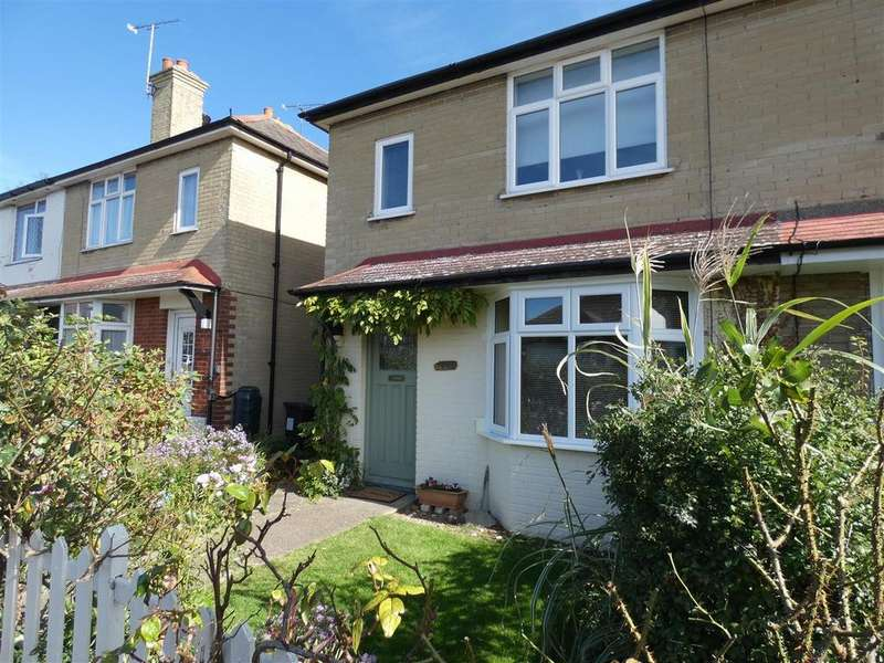2 Bedrooms Semi Detached House for rent in Manor Road, Whitstable