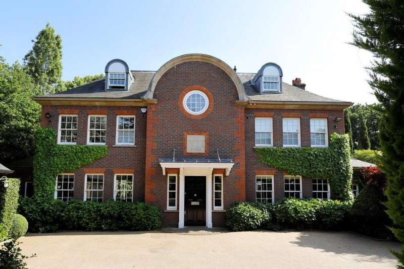 6 Bedrooms House for rent in Kinsella Gardens, Wimbledon, London, SW19