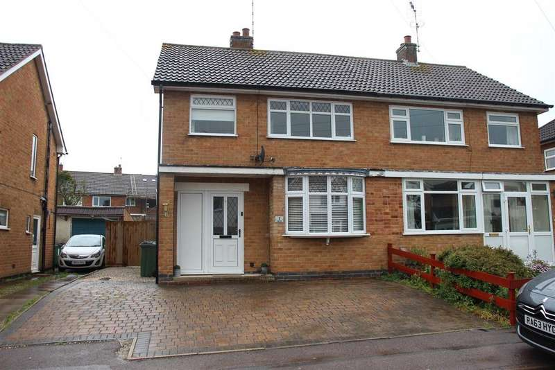 3 Bedrooms Semi Detached House for sale in Severn Close, Cosby, Leicester