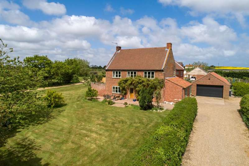 5 Bedrooms Detached House for sale in Chequers Street, East Ruston