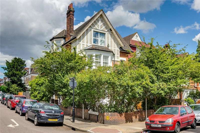 3 Bedrooms Maisonette Flat for sale in Stanthorpe Road, Streatham, London