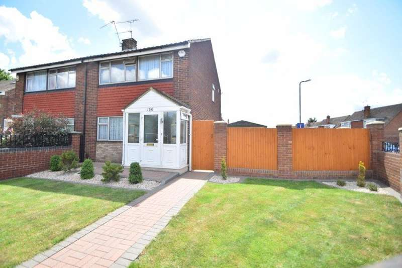 3 Bedrooms Semi Detached House for sale in Keel Drive, Slough, SL1