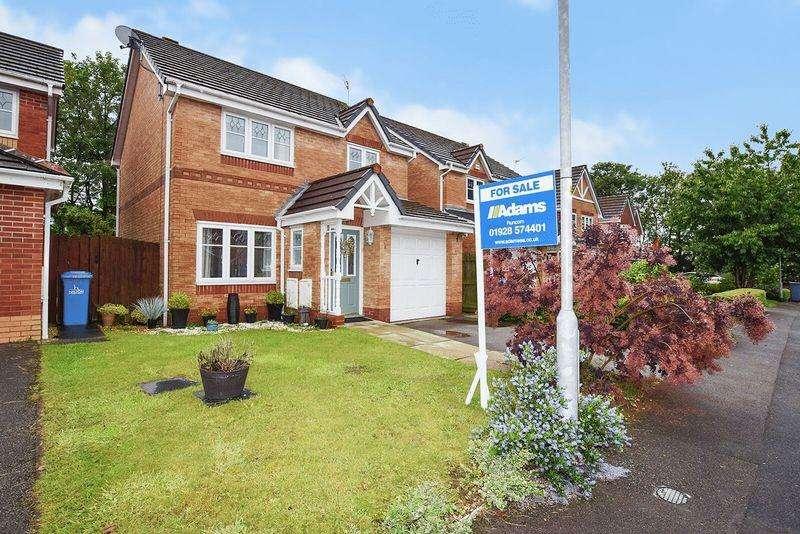3 Bedrooms Detached House for sale in Hamlin Close, Weston Village, Runcorn