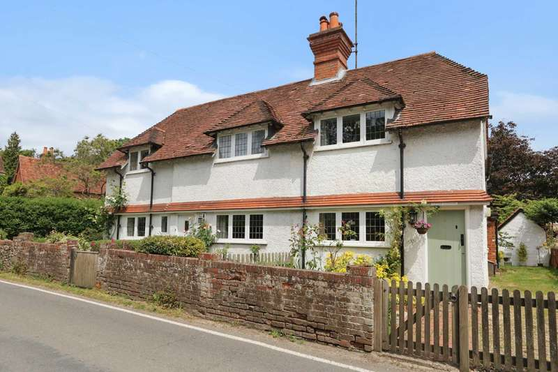 2 Bedrooms Semi Detached House for sale in High Street, Whitchurch On Thames