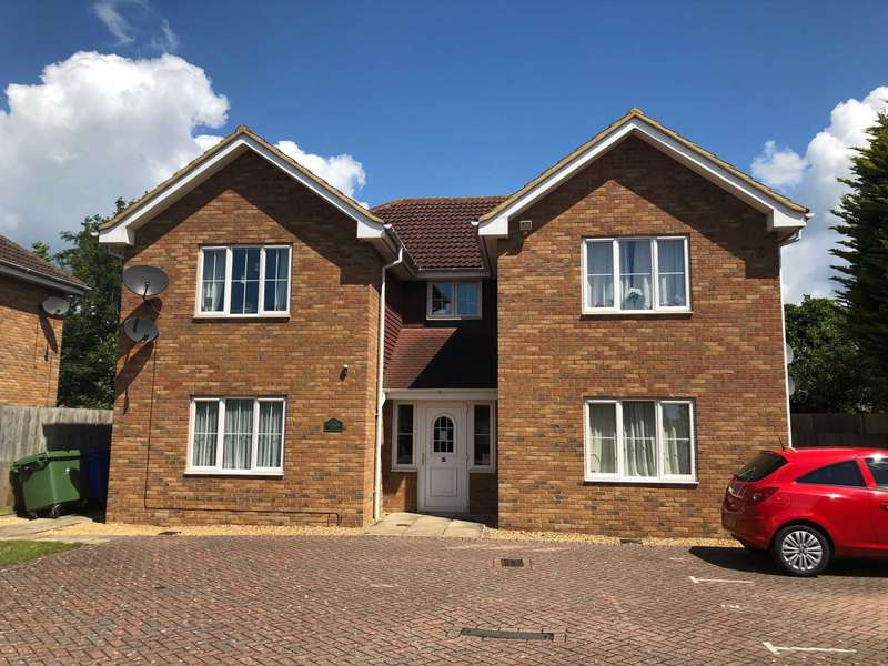 1 Bedroom Flat for sale in Hemmings Court, The Birches