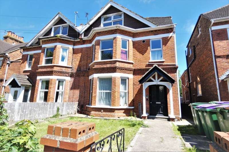 1 Bedroom Flat for sale in Beachborough Road, Folkestone, CT19