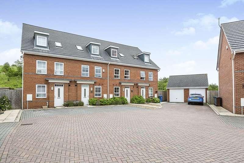 4 Bedrooms Semi Detached House for sale in Glade Mews, Buckshaw Village, Chorley, PR7