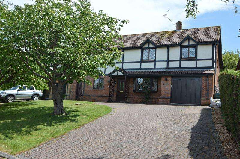 5 Bedrooms Detached House for sale in SEAVIEW
