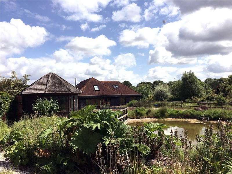 3 Bedrooms Detached House for sale in Stoney Heath, Ramsdell, Tadley, Hampshire, RG26