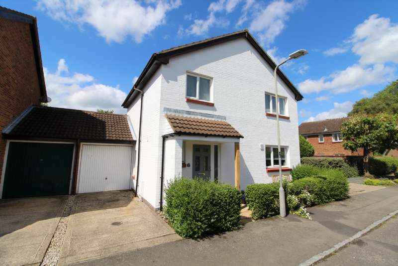 4 Bedrooms Link Detached House for sale in Sunridge Close, Newport Pagnell, Buckinghamshire