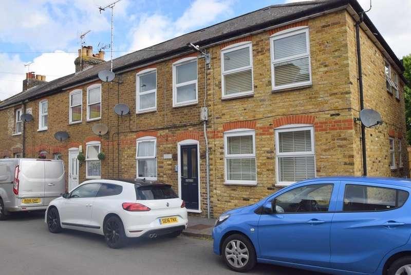 1 Bedroom Flat for sale in Alma Court, Alma Road, Eton Wick, SL4
