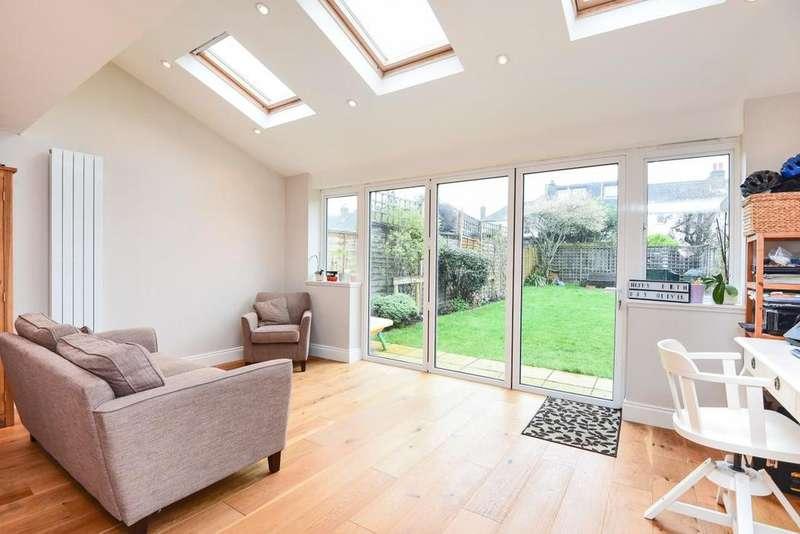 4 Bedrooms Terraced House for sale in Headington Road, Earlsfield