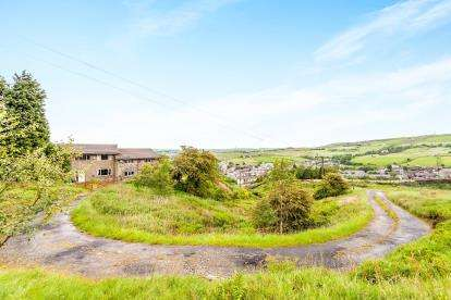 6 Bedrooms Detached House for sale in Deansgreave Road, Bacup, Rossendale, Lancashire, OL13