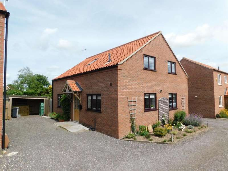 3 Bedrooms Detached House for sale in Alexander Way, Burgh Le Marsh, Skegness, PE24 5JN