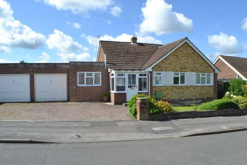 4 Bedrooms Detached Bungalow for sale in Clayhill Crescent Newbury