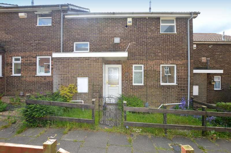 3 Bedrooms Terraced House for sale in Wexham Close, Marsh Farm, Luton, Bedfordshire, LU3 3TU