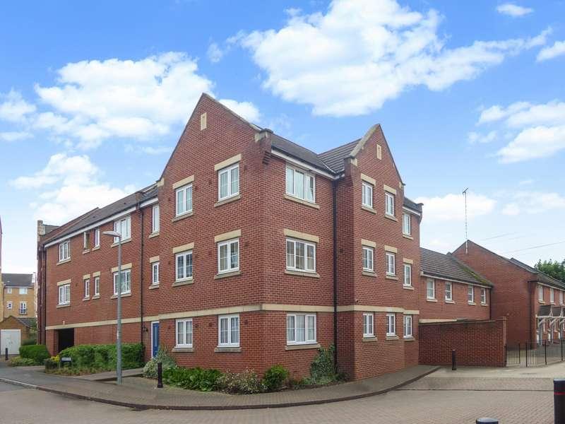 2 Bedrooms Flat for rent in Bramley Court, Dunstable, LU5