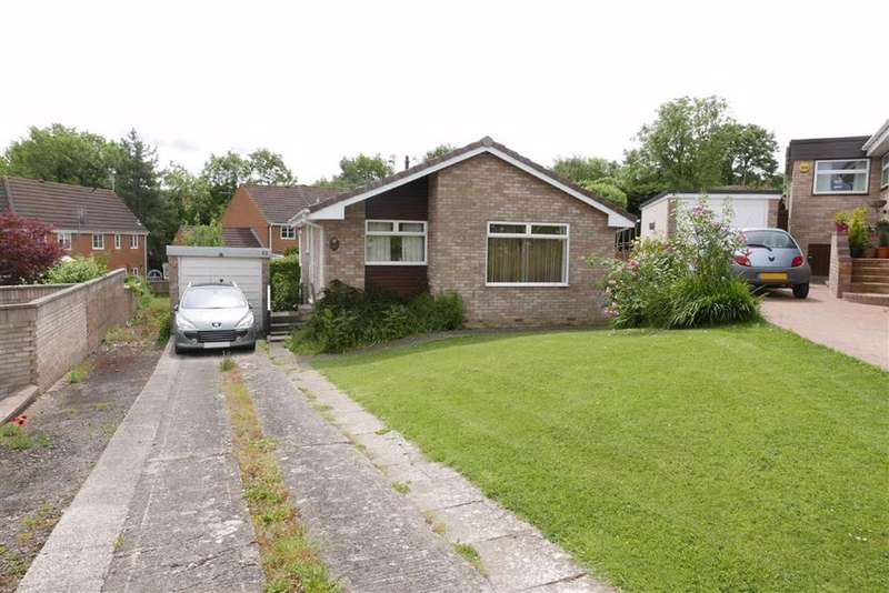 2 Bedrooms Detached Bungalow for sale in Ryder Close, Norman Hill, Cam, Dursley, GL11