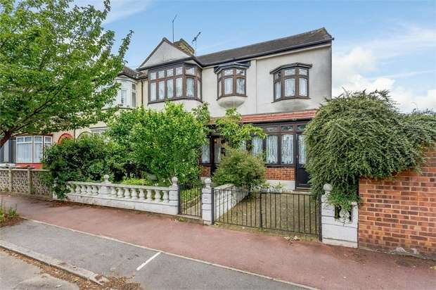 7 Bedrooms End Of Terrace House for sale in Dereham Road, Barking, Greater London