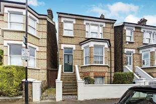 4 Bedrooms Detached House for sale in St. Leonards Road, Croydon