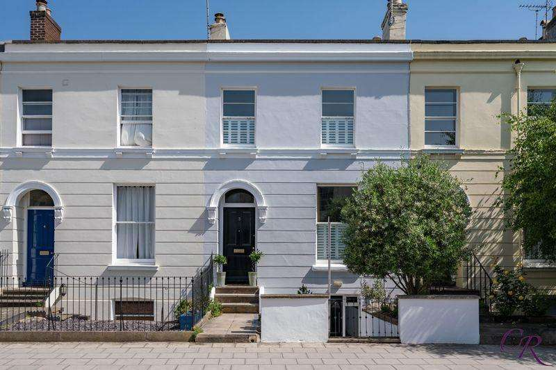 4 Bedrooms Terraced House for sale in St James Square, Cheltenham