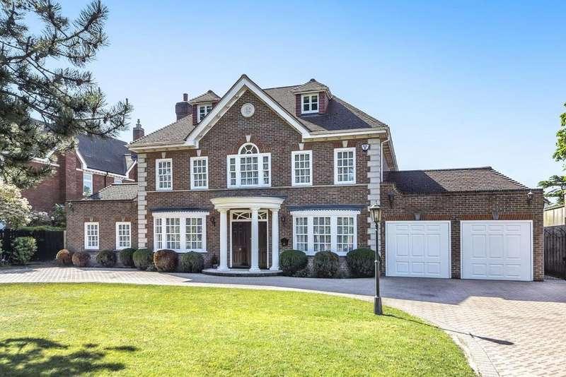 5 Bedrooms Detached House for sale in Woodlands Road, Bickley